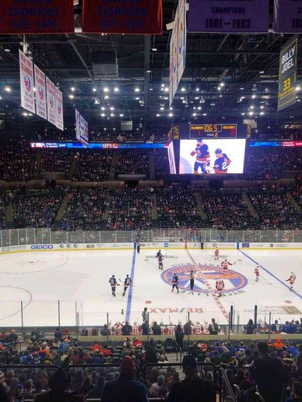 Nassau Veterans Memorial Coliseum, secção: 223, fila: 1, lugar: 1
