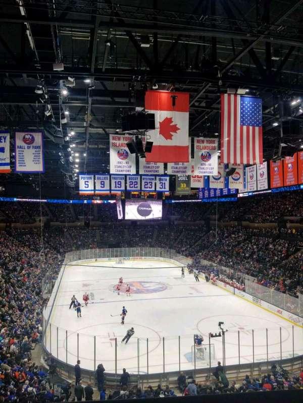 Nassau Veterans Memorial Coliseum, secção: 235, fila: 1, lugar: 1