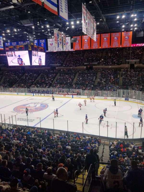 Nassau Veterans Memorial Coliseum, secção: 201, fila: 1, lugar: 1