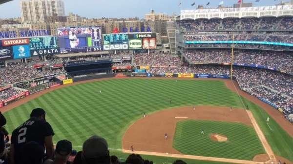 Yankee Stadium, secção: 424, fila: 13, lugar: 1