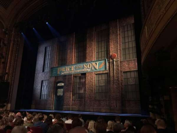 Al Hirschfeld Theatre, secção: Orchestra R, fila: K, lugar: 20