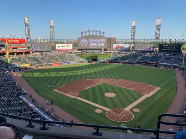 Guaranteed Rate Field, secção: 534, fila: 3, lugar: 1