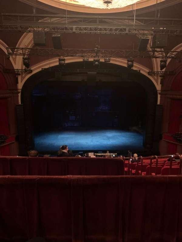 Broadway Theatre - 53rd Street, secção: Rear Mezzanine C, fila: B, lugar: 105