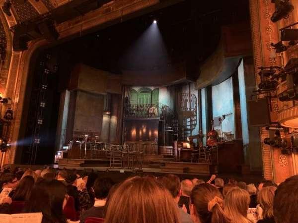 Walter Kerr Theatre, secção: Orchestra R, fila: L, lugar: 8