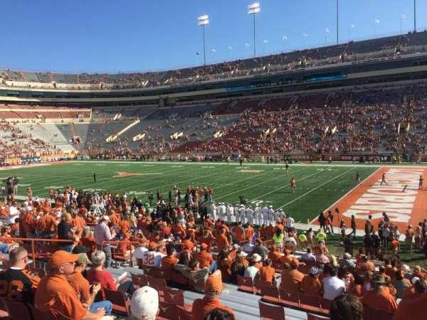 Texas Memorial Stadium, secção: 2, fila: 28, lugar: 1