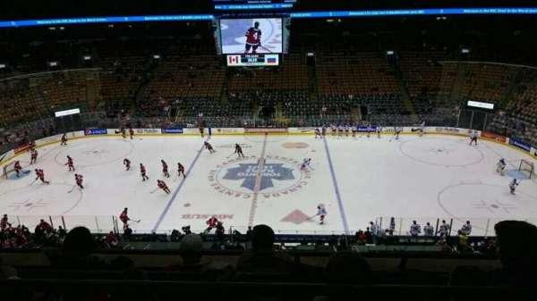 Scotiabank Arena, secção: 321, fila: 4, lugar: 4