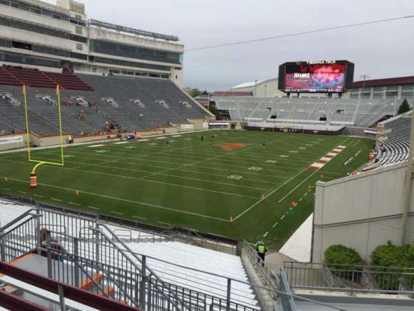 Lane Stadium, secção: 201, fila: E, lugar: 7