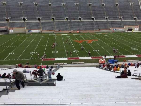 Lane Stadium, secção: 8, fila: CCC, lugar: 14