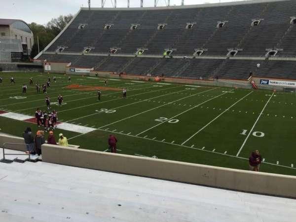 Lane Stadium, secção: 18, fila: W, lugar: 17