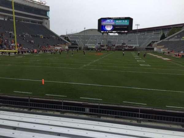 Lane Stadium, secção: 102, fila: H, lugar: 20