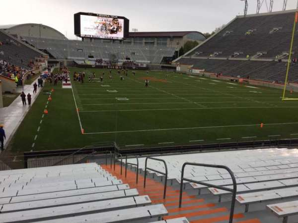 Lane Stadium, secção: 105, fila: U, lugar: 3