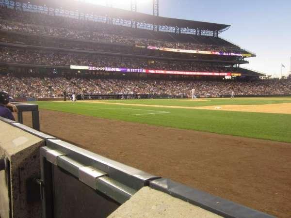 Coors Field, secção: 120, fila: 1, lugar: 14