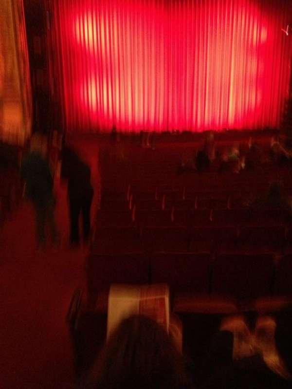 Cadillac Palace Theater, secção: orchestra l, fila: V, lugar: 1