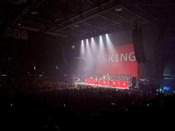 Budweiser Events Center, secção: F, fila: 9, lugar: 1