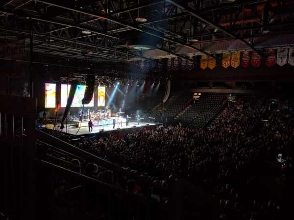 Budweiser Events Center, secção: P, fila: 16, lugar: 17