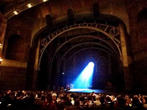 Lyric Theatre, secção: Orchestra R, fila: M, lugar: 18