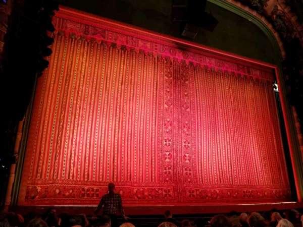 New Amsterdam Theatre, secção: Orchestra L, fila: H, lugar: 3