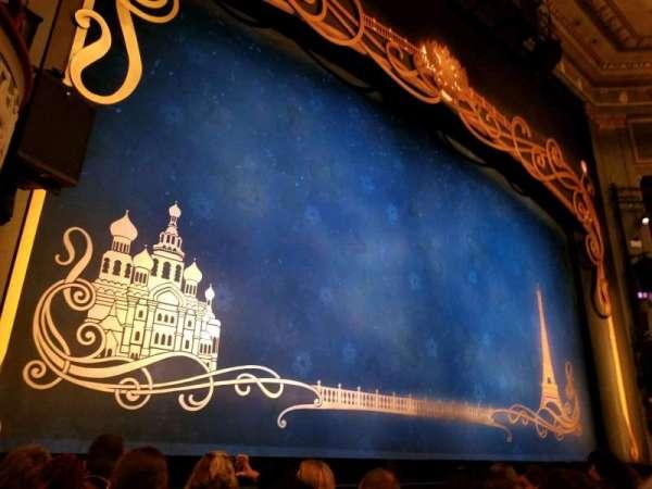 Broadhurst Theatre, secção: Orchestra L, fila: E, lugar: 5
