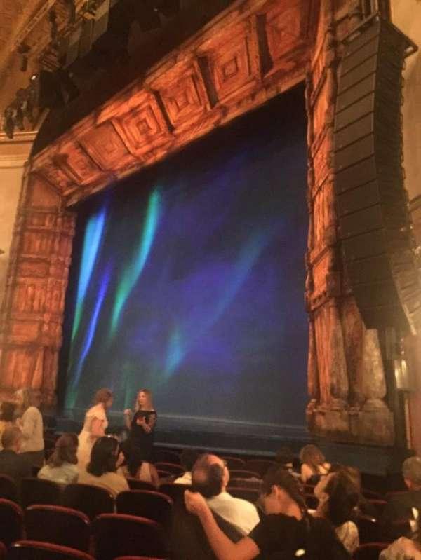 St. James Theatre, secção: ORCHR, fila: J, lugar: 24