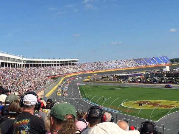 Charlotte Motor Speedway, secção: General Motors G, fila: 26, lugar: 29