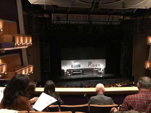 Ahmanson Theatre, secção: Mezz, fila: D, lugar: 36