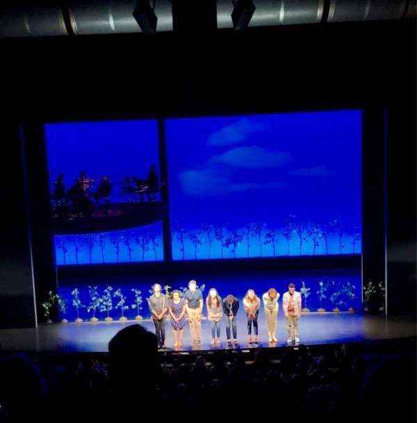 Ahmanson Theatre, secção: Mezz, fila: G, lugar: 26