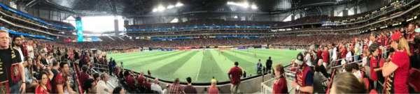 Mercedes-Benz Stadium, secção: C128, fila: 5, lugar: 8