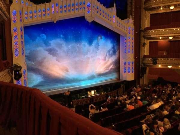 CIBC Theatre, secção: Dress Circle Box 1, fila: C, lugar: 205