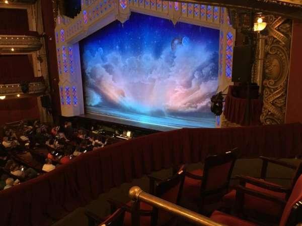 CIBC Theatre, secção: Dress Circle Box 2, fila: BX2, lugar: 212