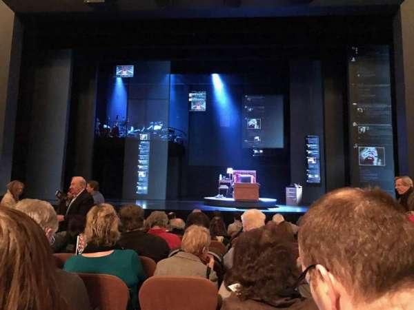 Music Box Theatre, secção: Orchestra C, fila: L, lugar: 105