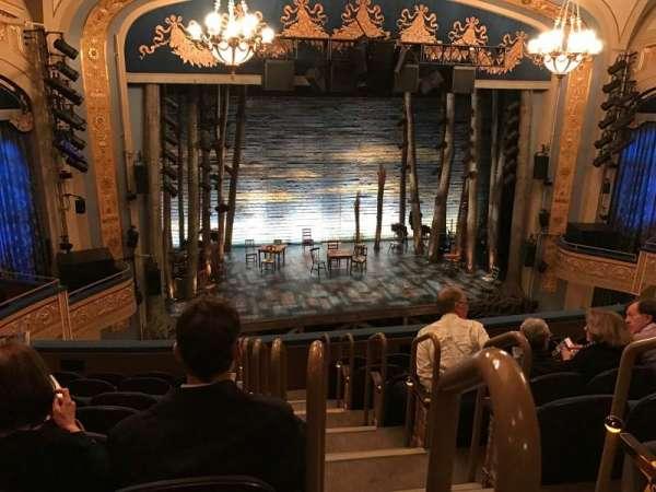 Gerald Schoenfeld Theatre, secção: Mezzanine L, fila: H, lugar: 1