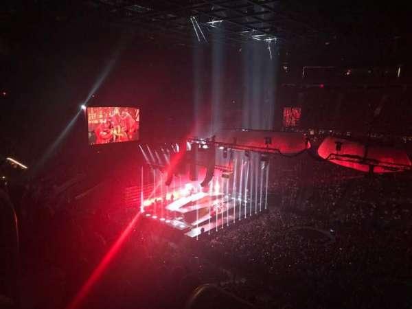 T-Mobile Arena, secção: 206, fila: K, lugar: 1