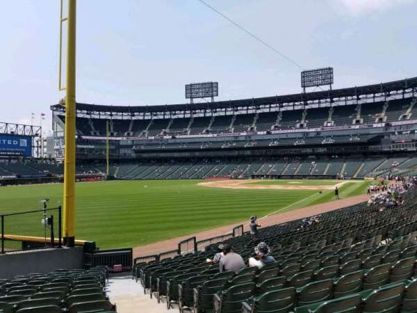 Guaranteed Rate Field, secção: 155, fila: 20, lugar: 1