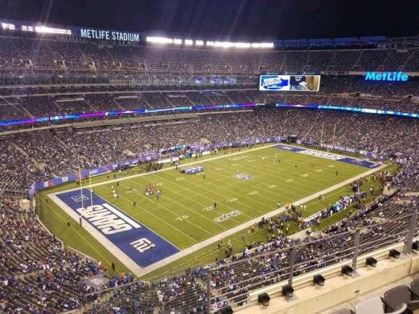 MetLife Stadium, secção: 320, fila: 4, lugar: 1