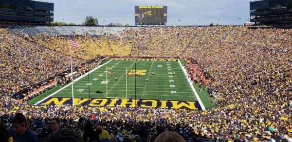 Michigan Stadium, secção: 11, fila: 88, lugar: 13