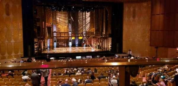 Fisher Theatre, secção: MZCTR, fila: A, lugar: 113
