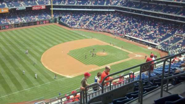 Citizens Bank Park, secção: 430, fila: 13, lugar: 6