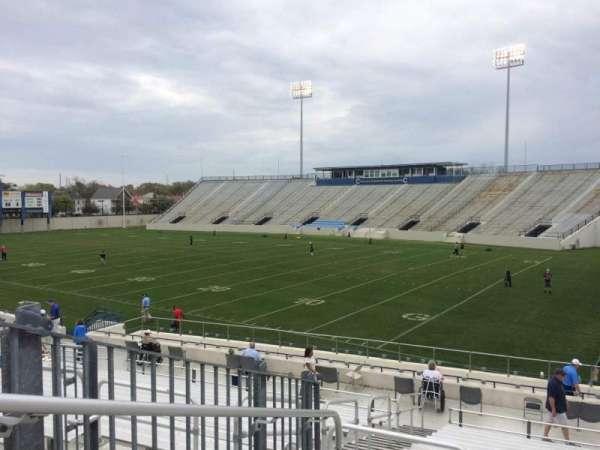 Johnson Hagood Stadium, secção: A, fila: 21, lugar: 13