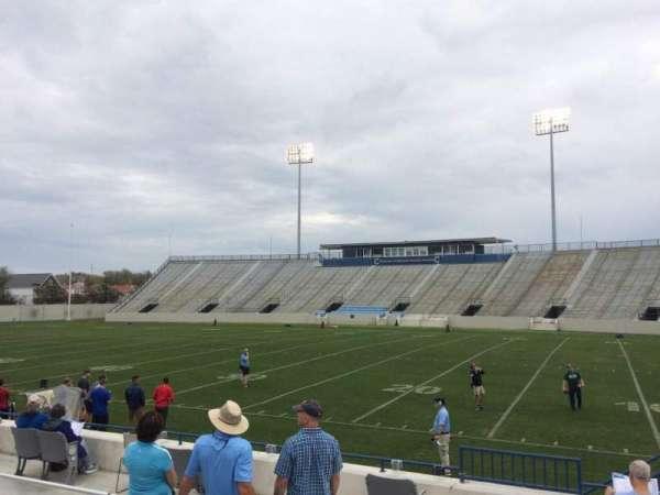 Johnson Hagood Stadium, secção: D, fila: 7, lugar: 15