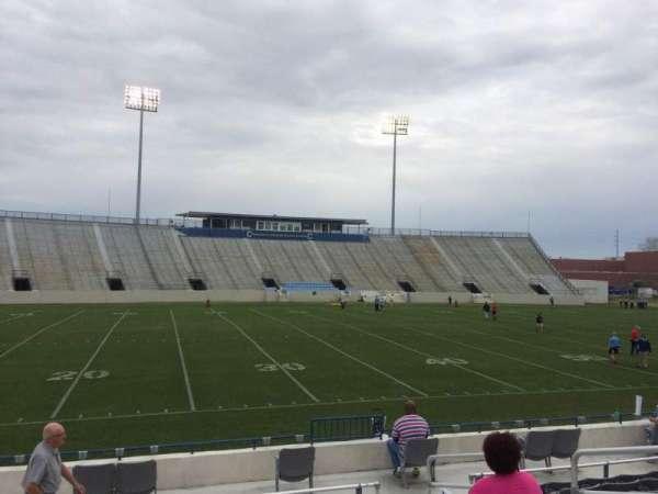 Johnson Hagood Stadium, secção: I, fila: 10, lugar: 6