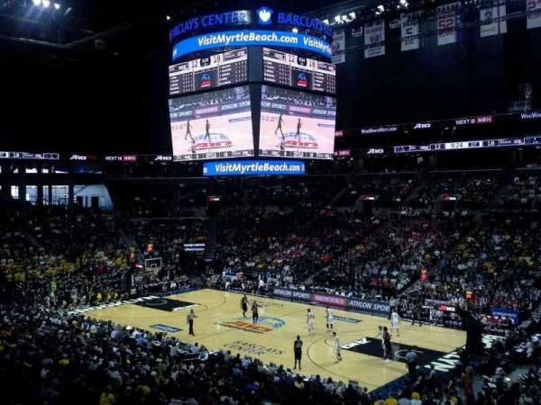 Barclays Center, secção: 121, fila: 7, lugar: 1
