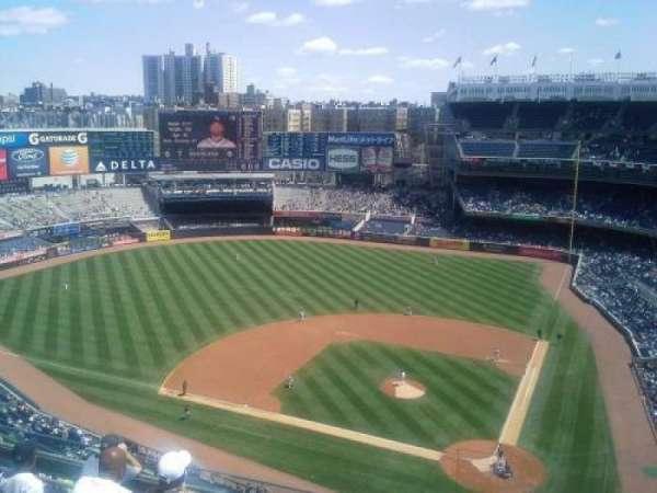 Yankee Stadium, secção: 422, fila: 6, lugar: 1