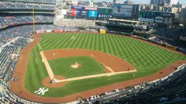 Yankee Stadium, secção: 419, fila: 1, lugar: 1