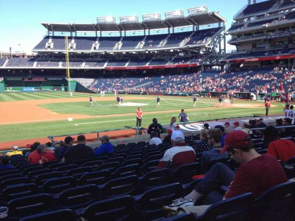 Nationals Park, secção: 115, fila: T