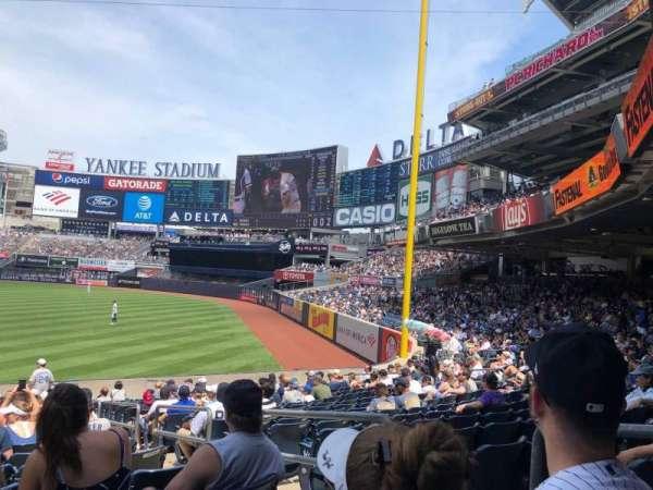 Yankee Stadium, secção: 110, fila: 22, lugar: 3