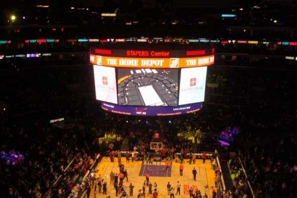 Staples Center, secção: 326, fila: 4, lugar: 7