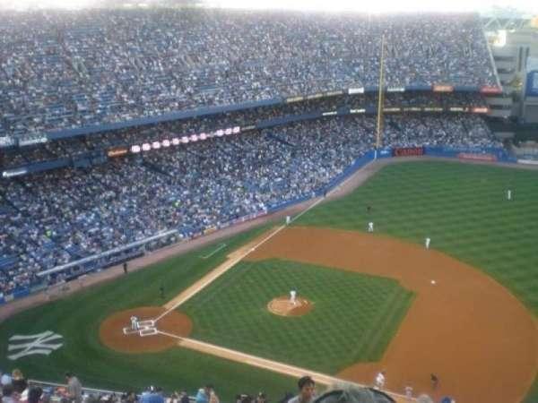 Old Yankee Stadium, secção: Tier 15, fila: U, lugar: 2