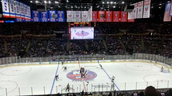 Nassau Veterans Memorial Coliseum, secção: 203, fila: 9, lugar: 15
