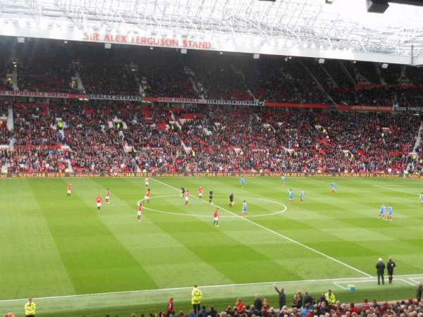 Old Trafford, secção: STH 221, fila: S, lugar: 184