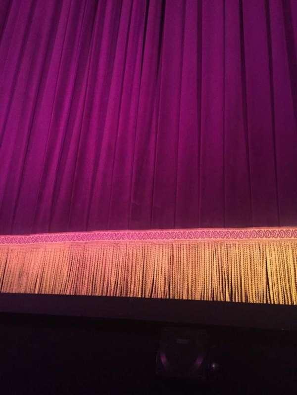 Lyceum Theatre (Broadway), secção: Orchestra C, fila: AA, lugar: 103